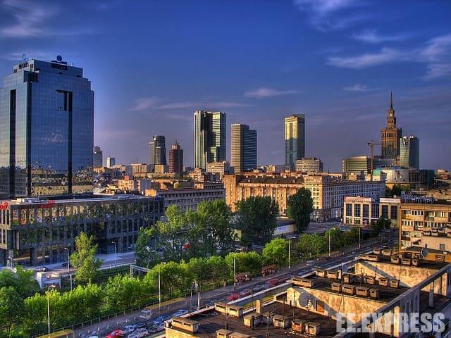 Готелі Варшави